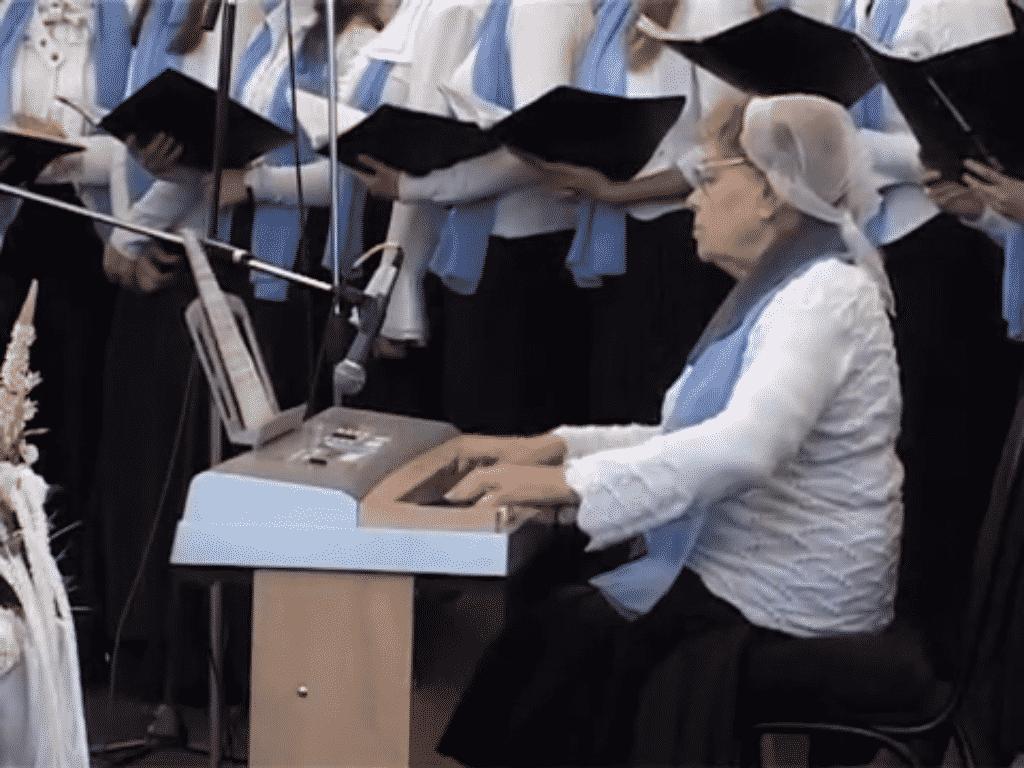 Международная конференция (Воронеж 2013): хор «Царь царей»